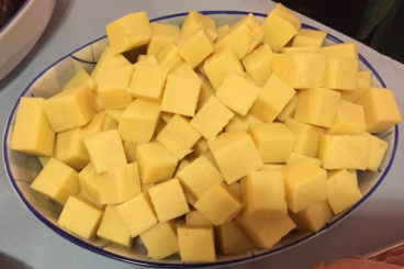Cheddar Cheese Cubes